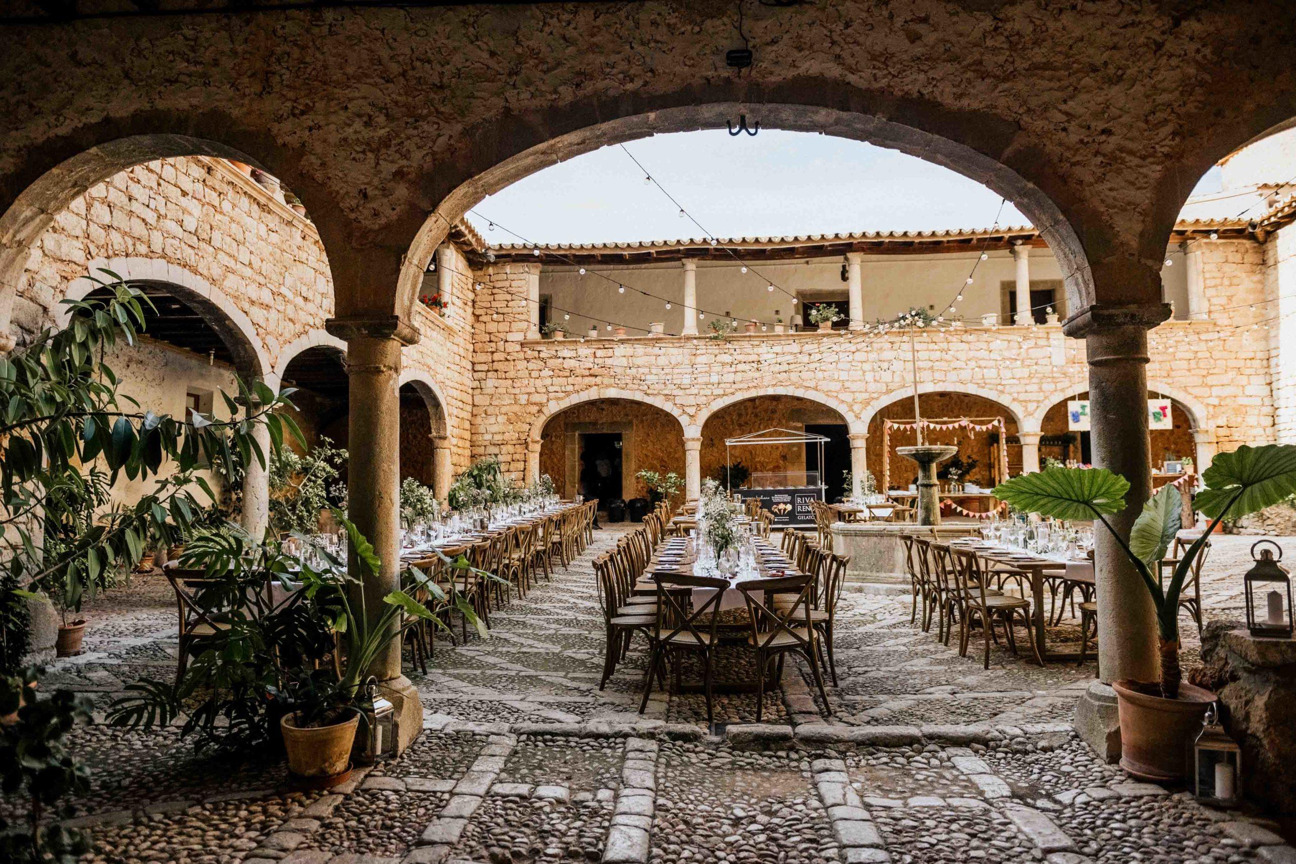 Glamorous Vintage Wedding Mallorca 2