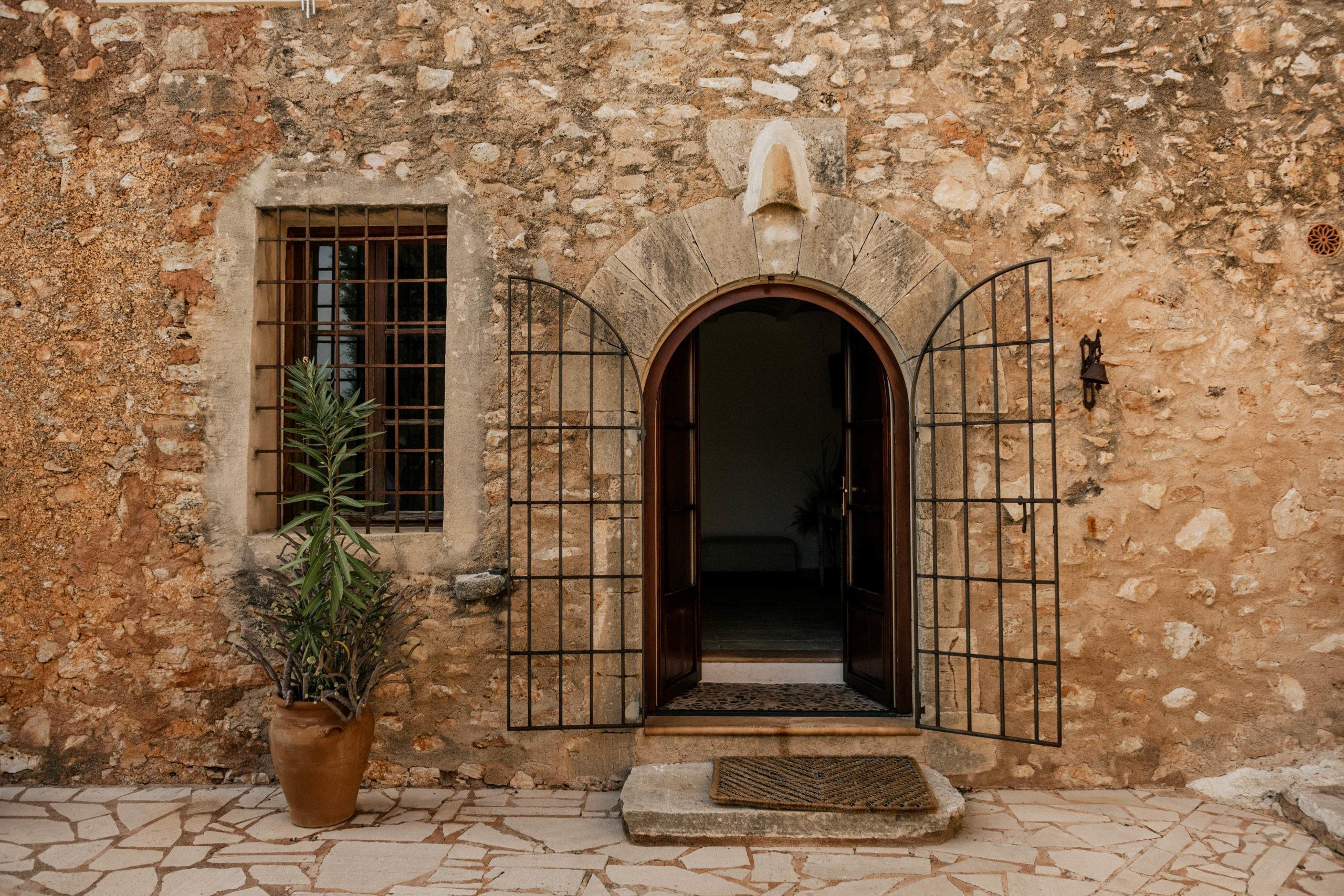 Intimate Finca Wedding Mallorca 1