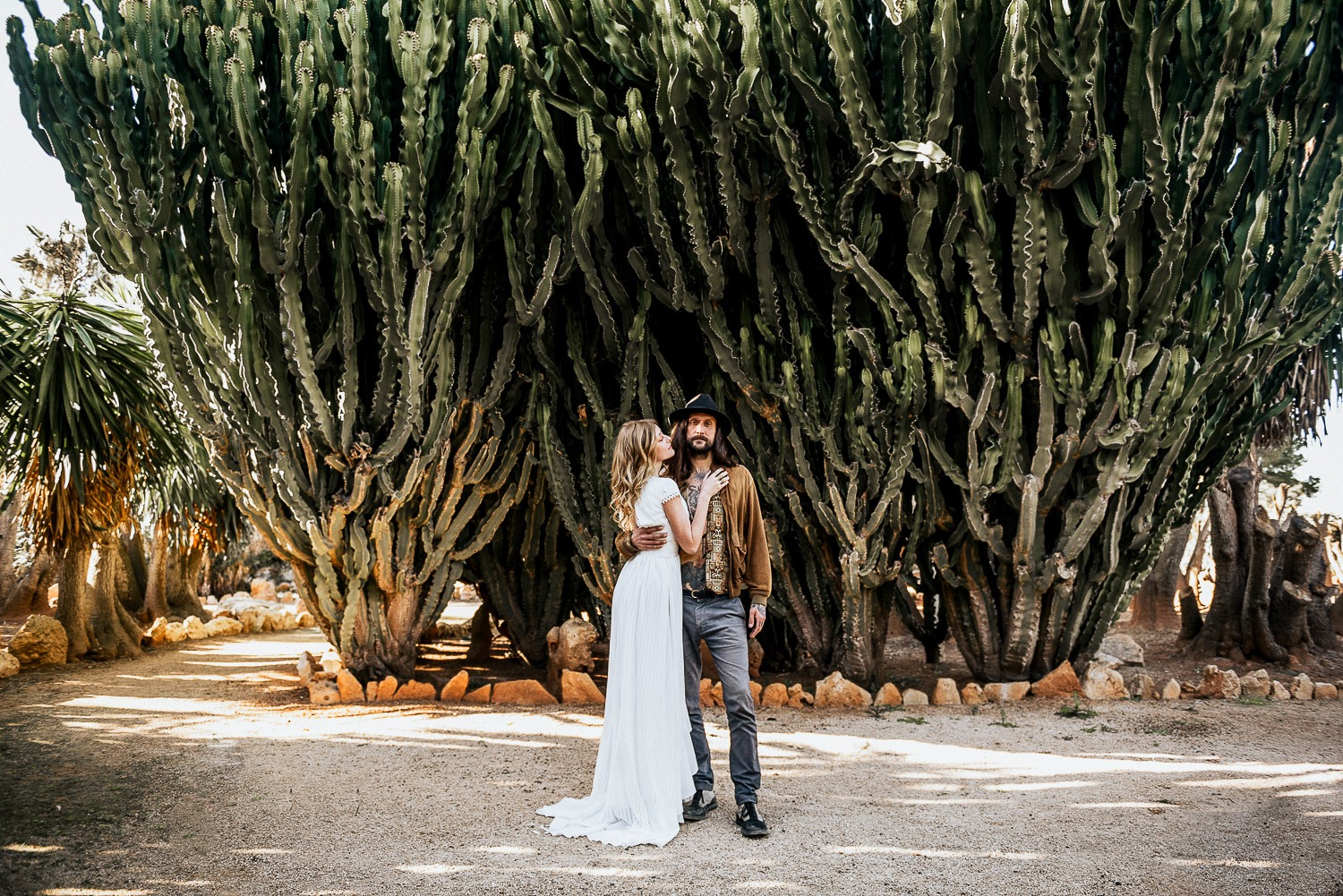 Elopement inspiration shoot in Mallorca